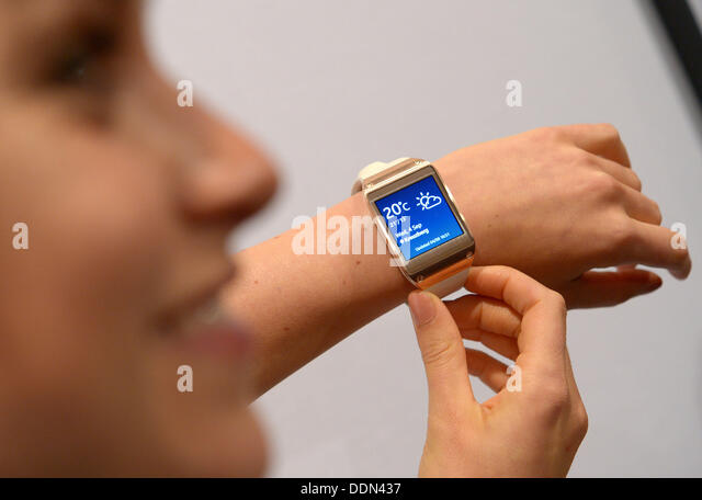 Berlin, Germany. 04th Sep, 2013. Samsung's new 'Galaxy Gear' smartwatch is presented at the consumer - Stock Image