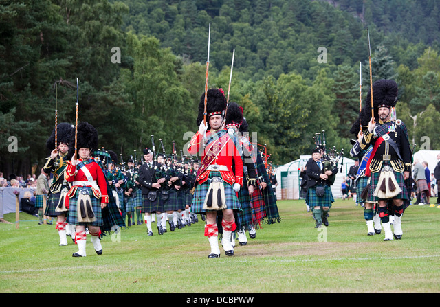 Scottish kilt and bagpipes