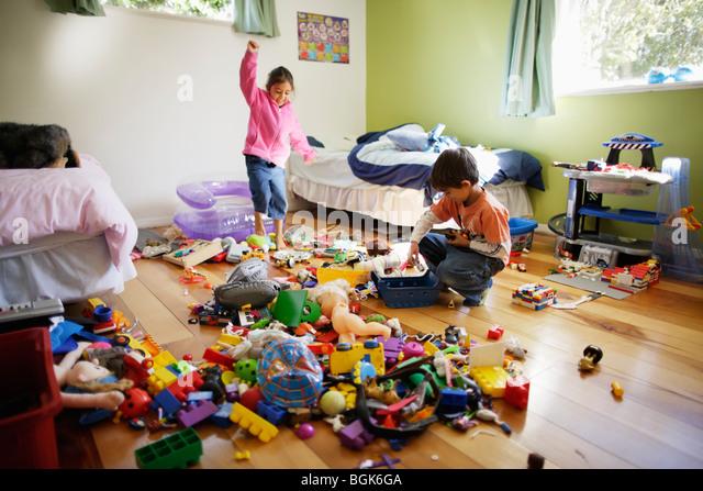 Много игрушек хорошо или плохо