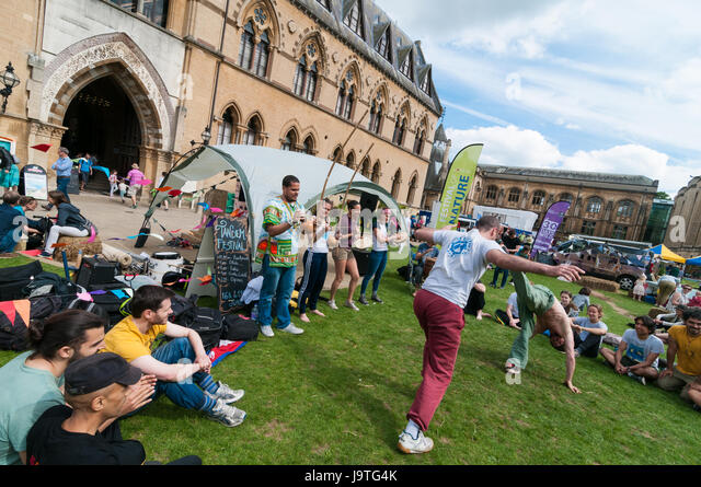 Oxford, Oxfordshire, UK. 3rd Jun 2017, Families enjoy the Oxford Festival of Nature at the Natural History Museum. Credit: Stanislav Halcin/Alamy Live News - Stock Image