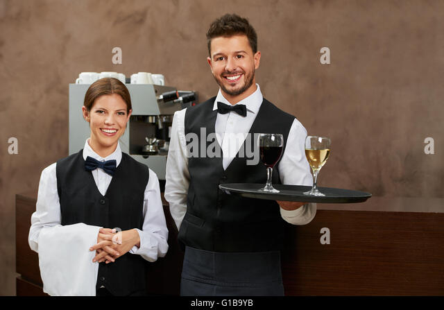the advantages of the job of a waiter or waitress Waiters and waitresses most waiter and waitress jobs are entry level, and workers learn their skills on the job no formal education is required read.