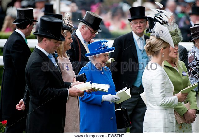 epa04804607 Britain's Queen Elizabeth II (centre) arrives on the second day of Royal Ascot near London, Britain, - Stock Image
