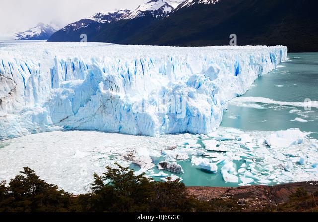 the-perito-moreno-glacier-los-glaciares-