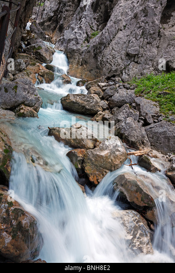waterfall-in-the-hllentalklamm-hllental-