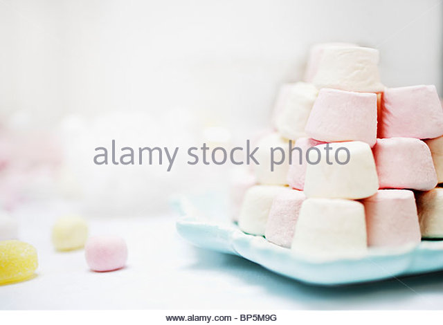 stack-of-pastel-colored-marshmallows-BP5