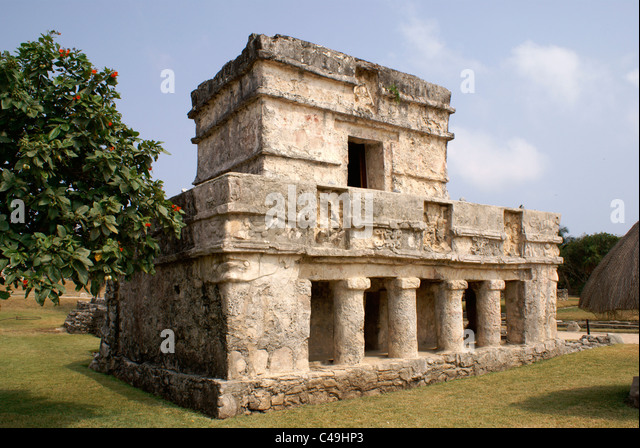 temple-of-the-frescos-at-the-mayan-ruins