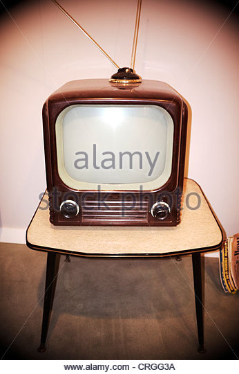 1950s-style-television-set-uk-CRGG3A.jpg