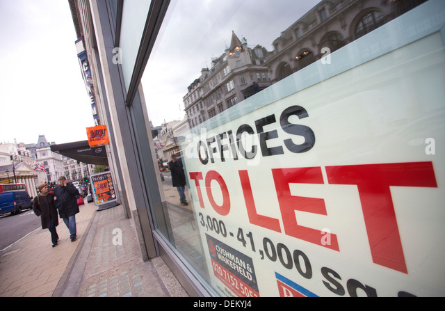 offices-to-let-sign-in-commercial-proper