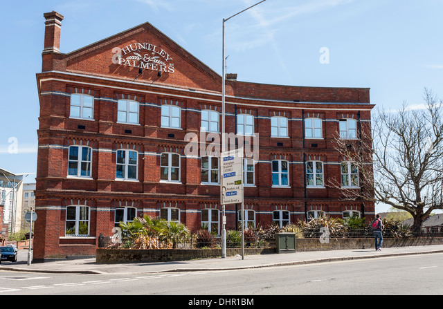 the-huntley-and-palmer-building-reading-