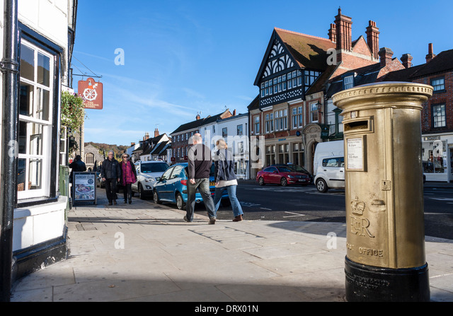 gold-painted-pillar-box-marking-the-succ