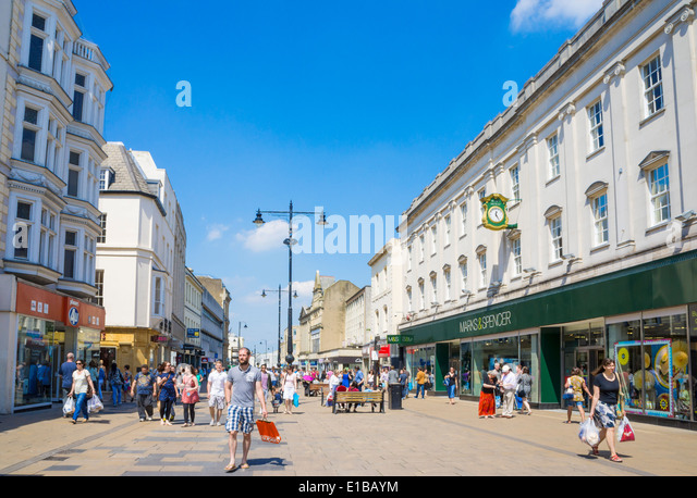 shoppers-in-the-high-street-cheltenham-s