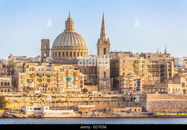 valletta-skyline-and-waterfront-marsamxe