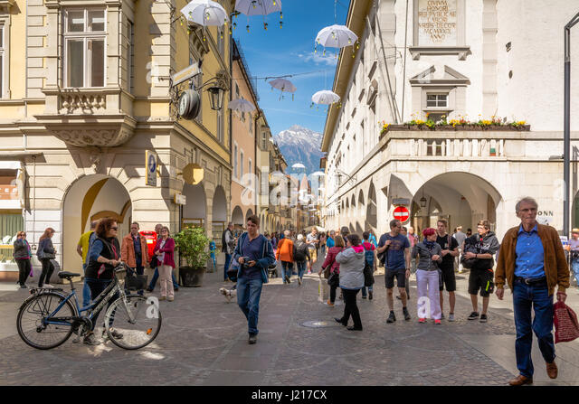 The well-preserved historical town centre of Merano is surrounded by three town gates. Originally, there have been - Stock Image