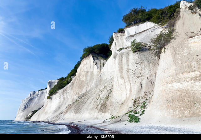 mns-klint-the-steep-chalk-cliffs-up-to-1