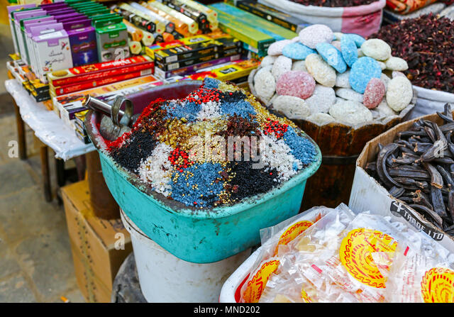 market-stalls-and-produce-for-sale-at-th