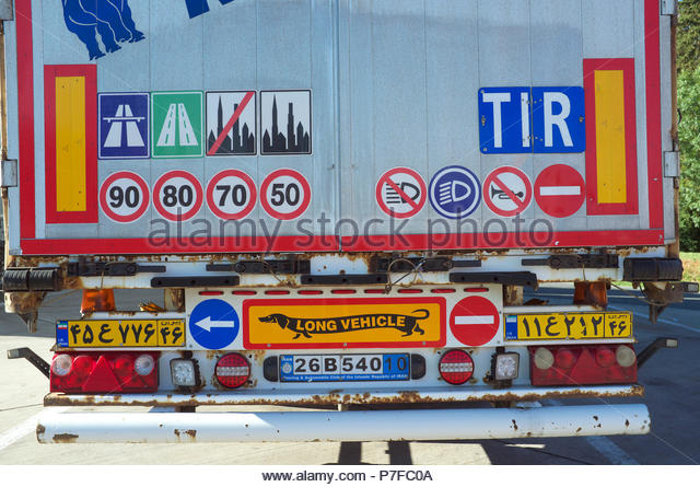 rear-of-an-iranian-registered-truck-show