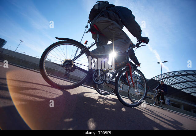 amazing-dynamic-shot-of-people-riding-th