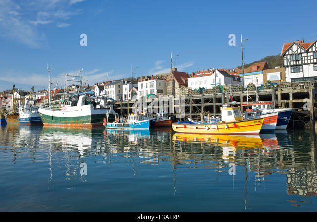 fishing-boats-in-scarborough-harbour-uk-