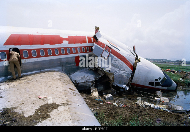 essay on airplane crashes You have not saved any essays airplane crashes are something everyone fears superstitious people are afraid to think of something to go wrong while the plane is in flight as soon as a plane is in the air there is no telling what could happen some pilots take their chances and don't check their.