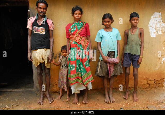 the life of a poor indian family in the pearl ^^^^^the pearl: the plot kino, a poor indian be in tune with nature and aware of what will save her family unlike kino, who dreams of a new life.