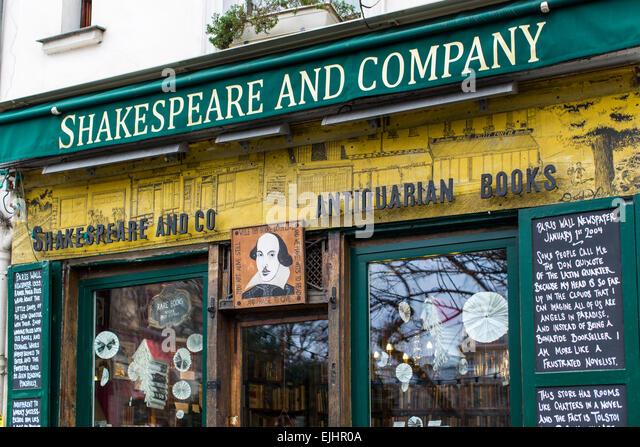 shakespeare-and-company-bookstore-paris-