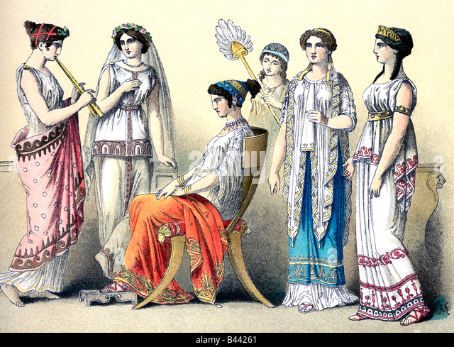 a womans role in ancient greece