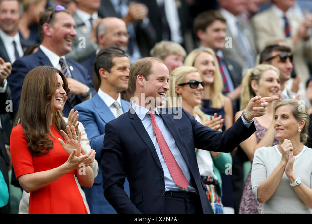 London, UK. 8th July, 2015. Britain's Prince William, Duke of Cambridge (C) gestures next to his wife Catherine, - Stock Image