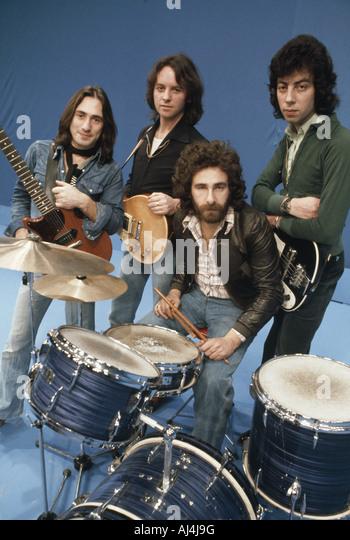 10cc-uk-pop-group-about-1975-AJ4J9G.jpg
