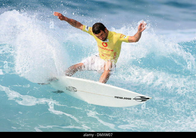 Apr 04, 2006; Newcastle Beach, AUSTRALIA; Brazilian Surfer NECO PADARATZ is back in a big way! He was in scintilating form today posting the days highest single wave score (9.17 out of 10) and highest heat score (17.17 out of a possible 20) in his round three heat win. Vodafone Open attracts a large field of professional surfers from all over the world (12 nationalities) competing  - Stock Image