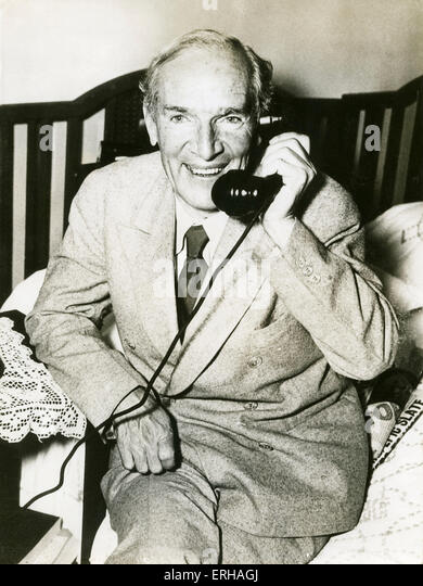 sinclair essays Upton sinclair jr (september 20, 1878 – november 25, 1968) was an american writer who wrote nearly 100 books and other works in several genres sinclair's work was well known and popular in the first half of.