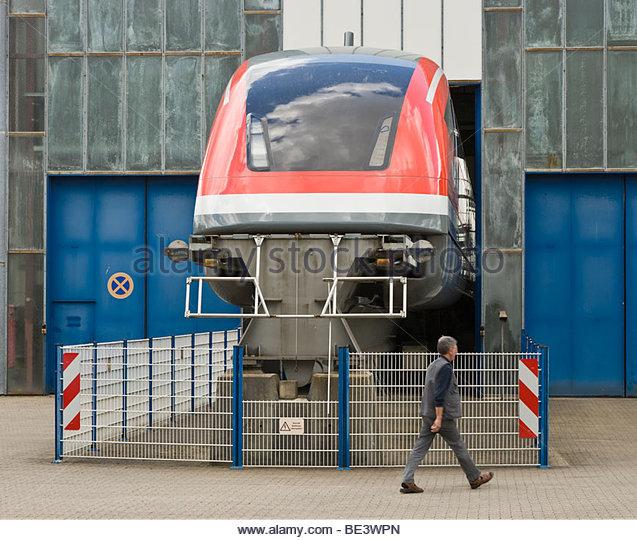 15112013134347 maglev levitation trains