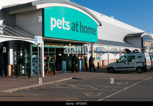 the-pets-at-home-store-on-the-thanet-ret