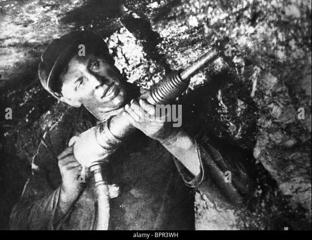 alexei-stakhanov-1935-BPR3WH.jpg