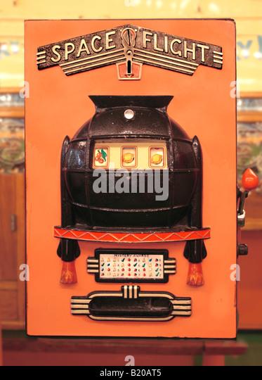 Slot machines 1950 gambling business model