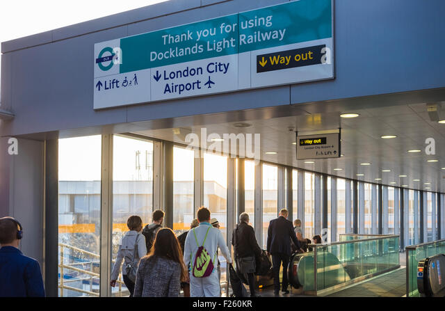 london city airport tube