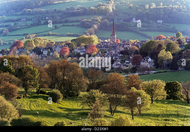 painswick-gloucestershire-in-spring-D23X