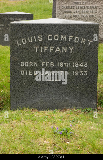 Louis Comfort Tiffany grave Green-Wood Cemetery - Stock Image