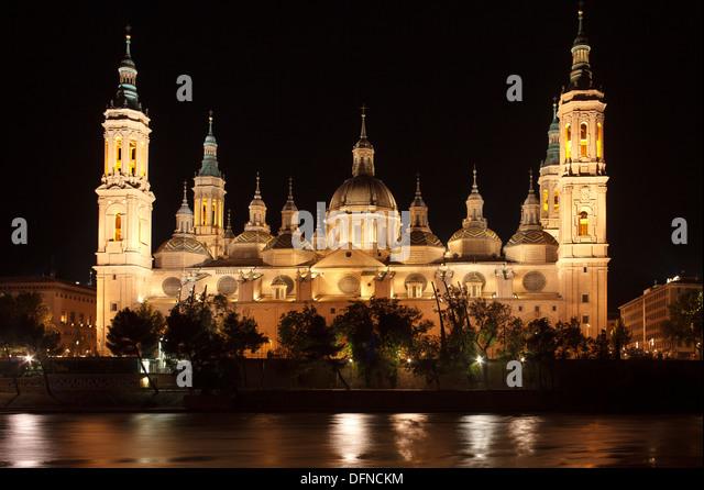 basilica-de-nuestra-senora-del-pilar-at-