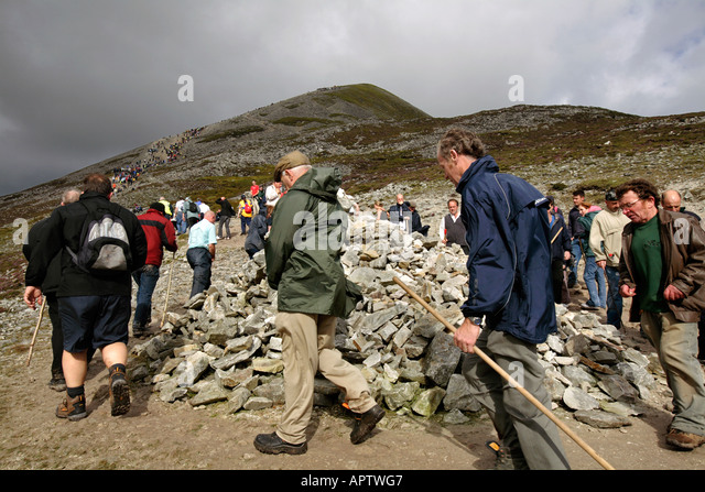 reek-sunday-croagh-patrick-pilgrimage-co