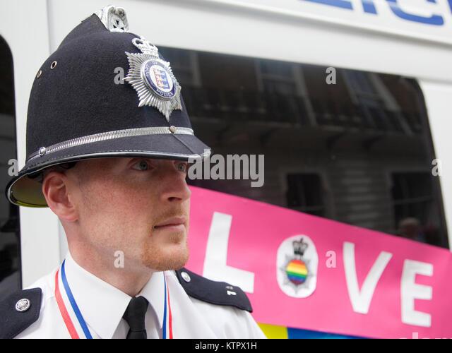 pride-london-celebrations-in-central-lon