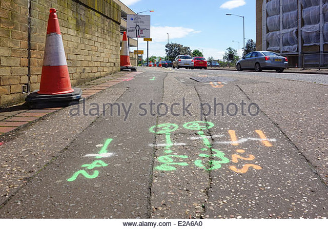 roadwork-markings-and-traffic-cones-on-a