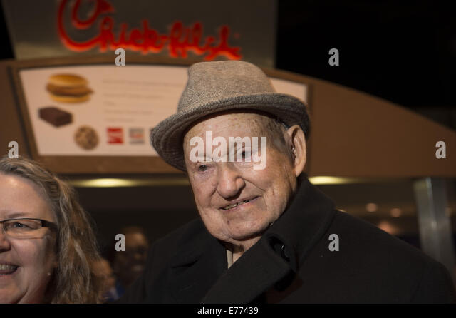 Dec. 31, 2012 - Atlanta, GA - S TRUETT CATHY, the billionaire founder of the Chick-fil-A restaurant chain that famously - Stock Image