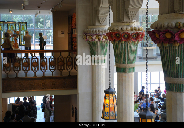 Dining among the glorious art and craft of Louis Comfort Tiffany in the American Wing, Metropolitan Museum in New - Stock Image