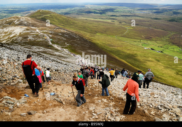 ireland-county-mayo-croagh-patrick-mount
