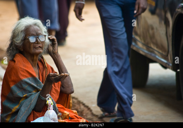 old women in poverty