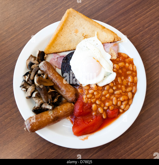 full-english-breakfast-with-black-puddin