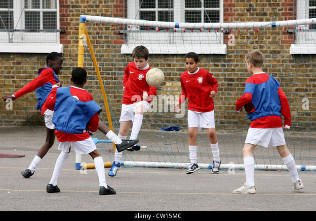 more sports in school Do you do sports at school in the uk everyone has to do some sort of sports at school until the age of 16 but it's not just football or netball these days.
